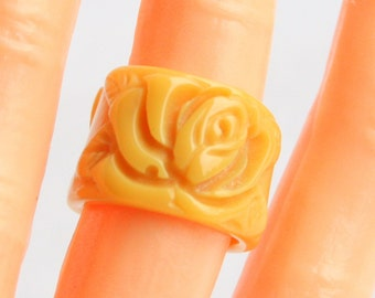 Vintage Yellow Carved Ring Butterscotch Ring Solid Band Size 6