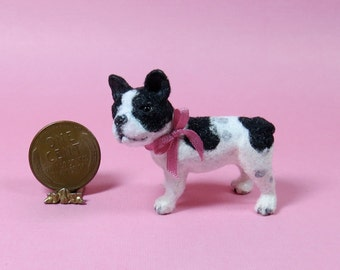 Collector Miniature - Sculpted and furred FRENCH BULLDOG 1:12 scale OOAK