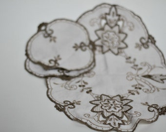 Vintage linen embroidered cutwork lot of three 1970s Doilies