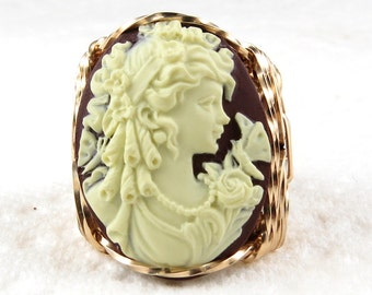 Duchess Lady Butterfly Cameo Ring 14K Rolled Gold