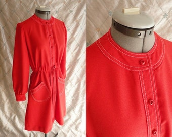 60s Dress // 70s Dress // Vintage 1960s 1970s Tomato Red Dress with Great Patch Pockets and Cute Buttons Size M L up to 34 waist