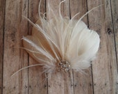 Wedding Hair Accessory, ivory hair clip, Bridal Hair Piece Bridal Feather Fascinator, Feather Hair Piece, Wedding Hair Accessories