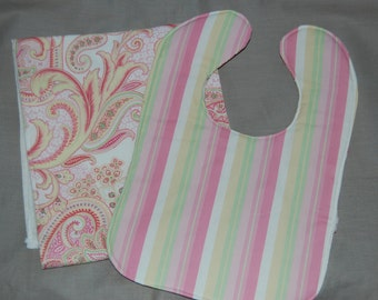 Reversible Paisley Stipe bib and burp cloth set