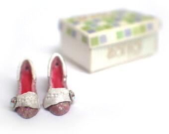 Miniature Daphne Shoes + Shoebox