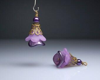Vintage Style Bead Dangles Purple Lucite Flowers Pair PR400
