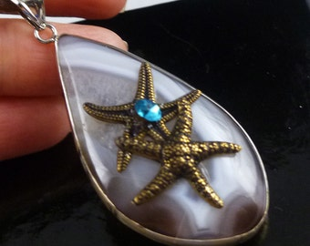 Agate Gemstone Pendant with Antique Gold Brass Starfish - Free U.S. Shipping