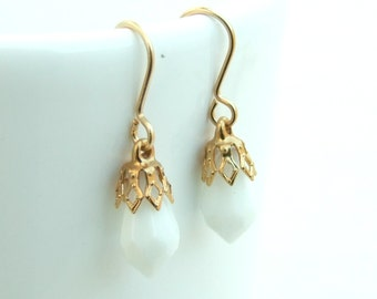Bridesmaids Earrings Set,  Gold Crystal  Earrings,Bridesmaids Gift, Bridal Gold Earrings, White Earrings, Wedding Jewelry