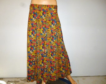 "Vintage 80's - Geoagiou - Cotton Jersey - Floral - Full - Swing- Circle - Skirt - New Old Stock  -- Marked size 14 -  31"" - 44"" Waist"