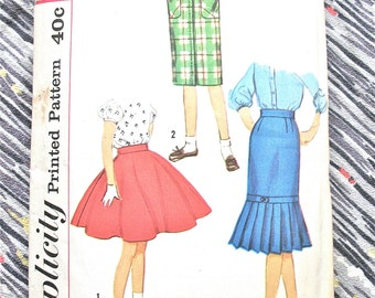 Vintage Simplicity 2817 early 60s Girls' Skirt Pattern in several styles.  Waist 25 inches