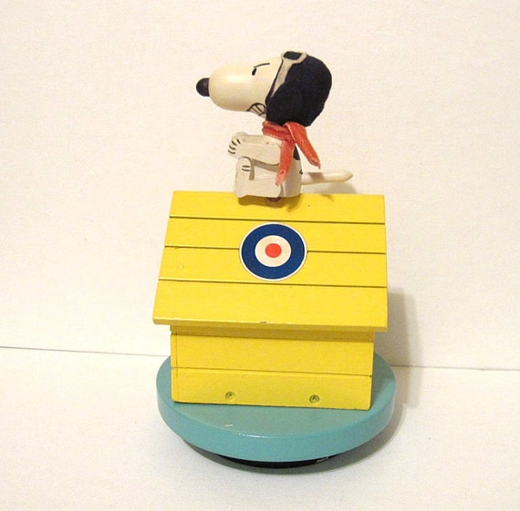 Vintage Snoopy Red Baron Dog House Music Box Japan Over There