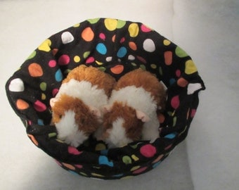 """Large Cuddle Cup 10"""" diameter Bed in Flannel for Guinea Pig, Hedgehog, Ferret, Tea Cup Dog, Cat or Small Animal"""