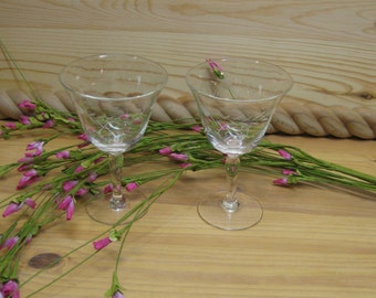Vintage Pair of Wine Glasses 1940s Etched Cordial Delicate Wheat and Dot Pattern