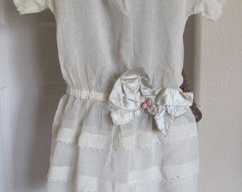 Antique Victorian White Girls Dress Irish Linen Lace