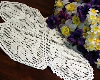 White Tulip  Crochet doily
