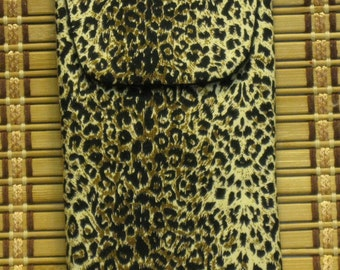 Eyeglass/Cellphone Case with Magnetic Closure---Leopard Print
