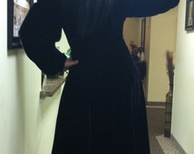 Victorian Era  Black Velvet Full Length Coat Original Period Reenactment Victorian Coat Antique 1890-1900's  Clothing