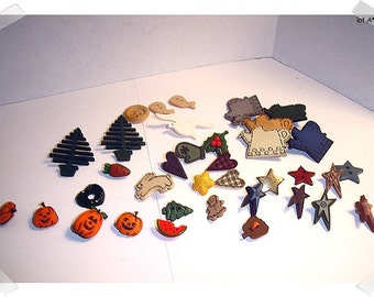 Buttons/ Assorted Lot/ Craft Supplies/(A)**