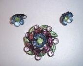 Vintage Stunning Glass Flower Brooch and clip Earrings Set - Mod 60s - Statement Jewelry