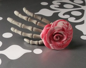 Skeleton Hand Clip Peppermint Rose