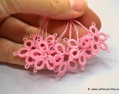 Tatted  Embellishment Flowers in Pink  - 6pcs hand tatted decoration for scrapbook or embellishment or decoration