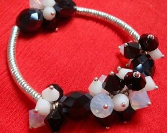 Swarovski crystal cluster stretch bracelet FUNKY CHUNKY black opaque white clear opal cut glass Austrian Crystal beaded bangle