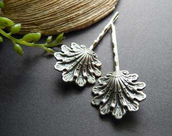 Beautiful Seaside Bridal Hair Pin, Beach Wedding Hair Accessory, Bridal Party Gift Set, Nautical Wedding Hair Pins Silver Seashell Hair Pins