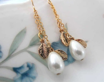 teardrop pearl with petite leaves long gold chain