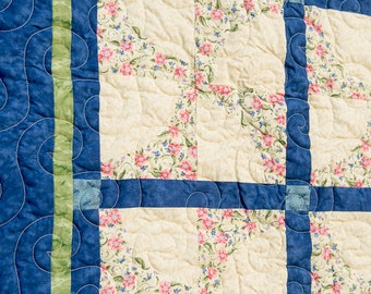 Around the garden pinwheel - Large Throw