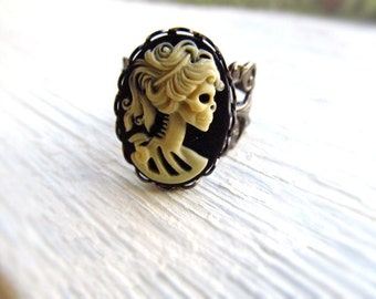 Halloween Ring, Skeleton Cameo Ring, Skull Ring, Gothic Jewelry, Statement Ring, Halloween Jewelry,  Zombie Jewelry, Gothic Lolita Ring