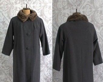 Vintage 1960s Winter Coat Fur Collar 60s Gray Wool Coat Womens Size Large
