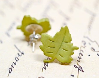 Olive Green Leaf Earrings, Woodland Forest Inspired Studs, Fall Fashion, Autumn Trends, Mossy Green Post Earrings, Green Leaves