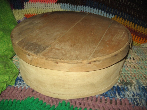 Primitive cheese box container dufecks 39 s wisconsin usa for Circular wooden box