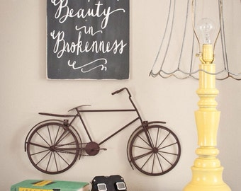 I Believe There is Beauty in Brokenness Distressed Sign in Black with White Vintage Style
