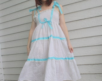White Summer Dress 70s Smocked Vintage Casual Paper Moon S