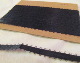 FEATHER EDGE RIBBON  --black -- (161 inches, nearly 4 1/2 yards total)