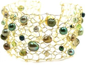 Green Bracelet Gold Bracelet Cuff Peridot Crystal Beaded Bracelets Arm Cuffs Friend Gift Bracelet Pearl Cuff Bracelet Handmade Jewelry