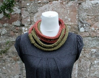 Super chunky loop fiber necklace in bronze and sage shades, knitwear UK, gift ideas, chain loop scarf