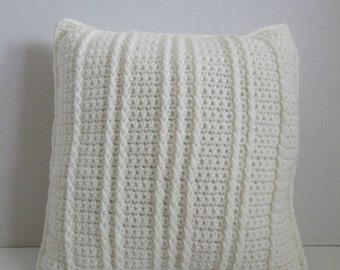 crochet pillow off-white - handmade crochet pillow - pillow crochet off-white - off-white crochet pillow - handcrocheted pillow off-white