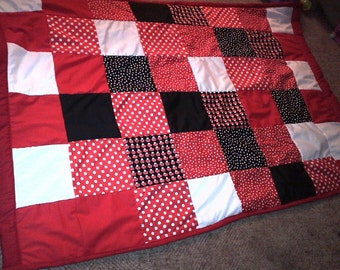 Red, White, Black Quilt (Twin size)