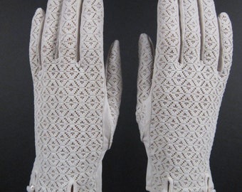 6-6-3/4-Vintage Light Tan Knit dress/church gloves w/pearls - 8 inches long(311g)