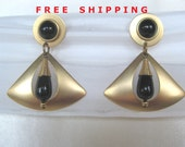 FREE SHIPPING Vintage Black and  Matte Gold Tone Earrings Sleek and Elegant