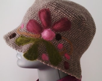 Crochet Hat with felt aplications