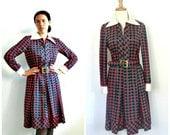 Vintage Geometric Shirtwaist Dress - secretary dress - 70s dress - full skirt - midi - Saks - long sleeve - Medium