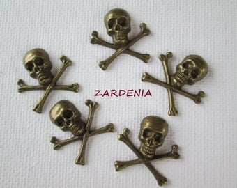 5PCS - Bones and Skull Charms - Antique Brass - 21mm - Findings by ZARDENIA