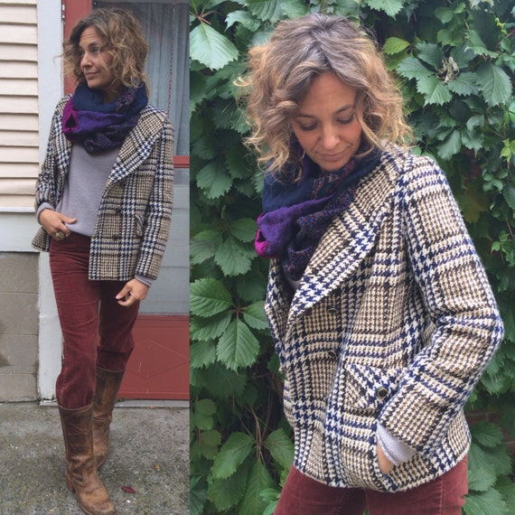 Vintage Peacoat, Size XS/S jacket,  fitted jacket, wool coat, houndstooth plaid coat, by Zasra