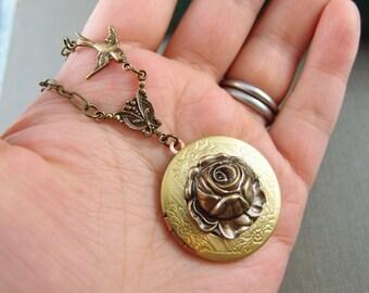Victorian Garden Rose and bird vintage locket, aged brass locket, round locket, N013