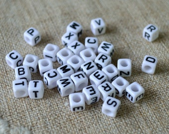 100pcs Acrylic Bead Alphabet Letters White 6mm Cube Beads