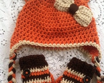 Size 2t-3t fox hat and mittens