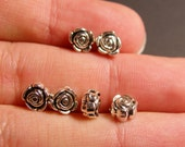 50 flower silver beads - 50pcs small rose flower antique silver beads -  ASA69