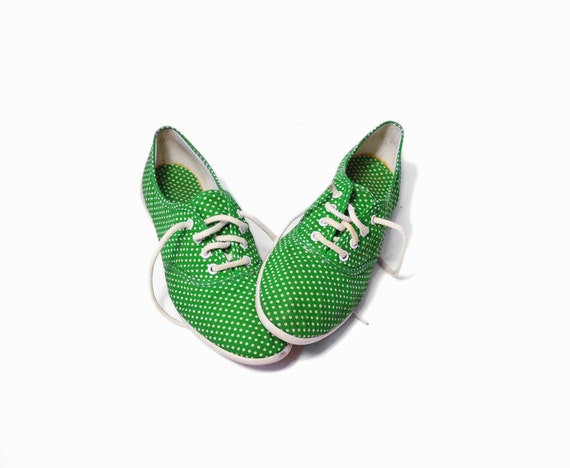 vintage 80s polka dot sneakers shoes in green white 7